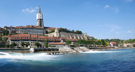 Self-guided bike tour in Switzerland along the river Aare