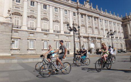 Madrid city sightseeing bike tour
