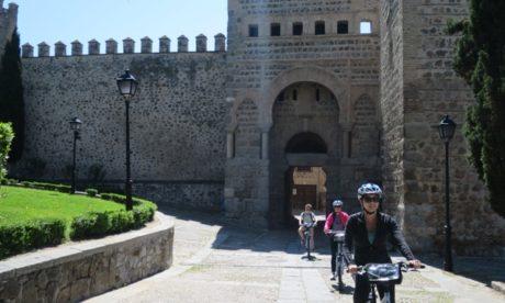 Toledo bike tour sightseeing from Madrid