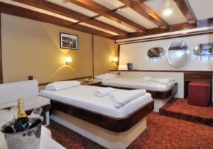 Halis Temel Cabin spacious greece double