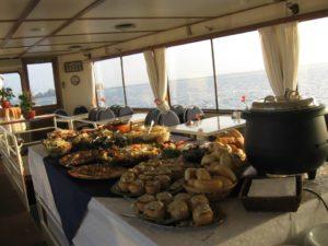 Ship Tijdgeest diner bike boat holland tour