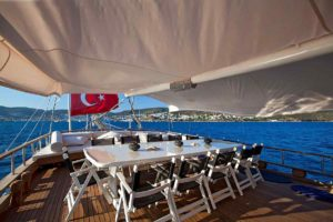 Dining diner osman kurt holiday ship