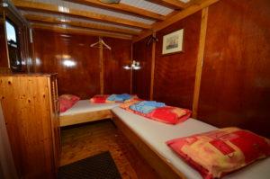 twin linda croatia cabin
