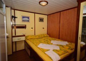 Romantica double cabin boat croatia