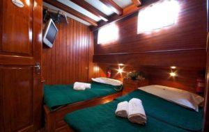 deiya deniz naples amalfi twin cabin italy