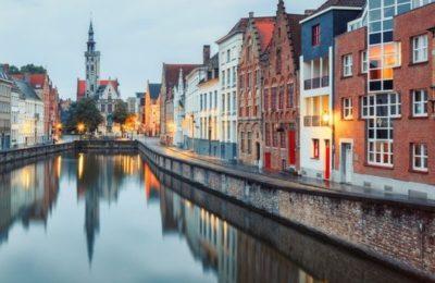 Bruges canal Brujas belgium