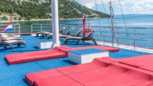 Harmonia sundeck croacia bici vacation