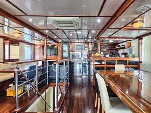 cabin bahriyeli bike boat tour