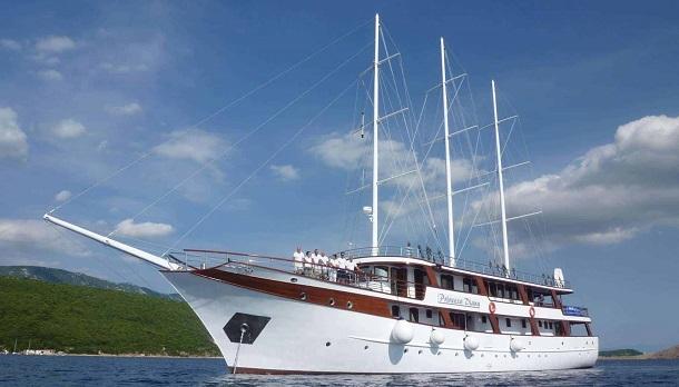 Princeza Diana (First Class) bici crucero croacia barco